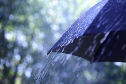 Más de 137 mil clientes del ICE afectados por fuertes vientos y lluvias