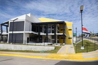 TEC inauguró biblioteca interactiva única en Centroamérica