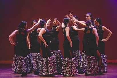 Espectáculos de flamenco y de danza oriental se ofrecerán este fin de semana