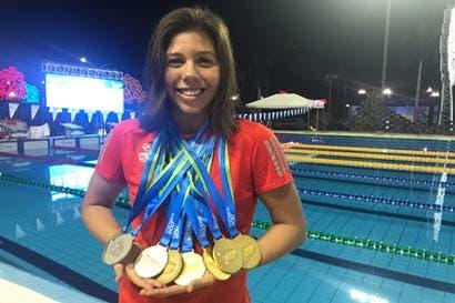 "Nadadora tica: ""Romper récords de Claudia Poll indica que vamos en buen camino"""
