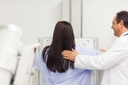 Hospitales de la Caja ofrecerán rehabilitación a pacientes con cáncer