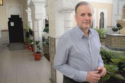 Carlos Alvarado busca desesperadamente a Ottón Solís
