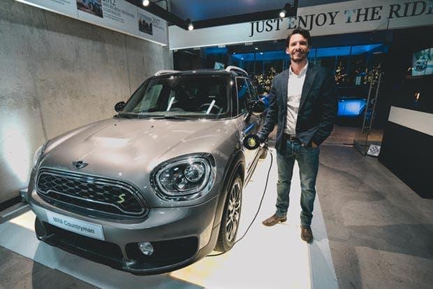 MINI presentó en Costa Rica su primer vehículo híbrido enchufable