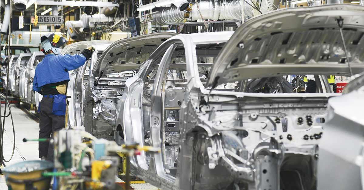 Toyota dispondrá diez tipos de autos eléctricos a partir de 2020