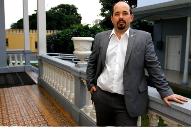 Comisión cuestiona actuación de cinco diputados en el caso del cemento chino