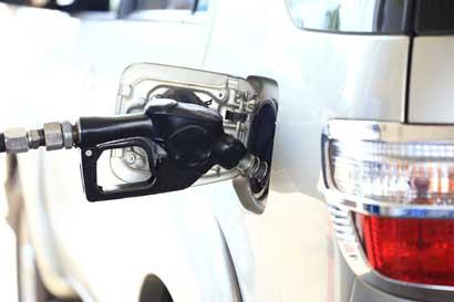 Combustibles costarán hasta ¢24 menos por ajuste extraordinario