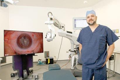 Nueva tecnología devuelve visión a pacientes con catarata