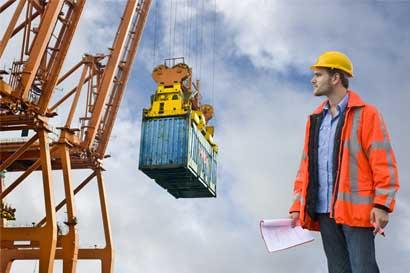 Exportaciones sólidas reducen déficit comercial del país