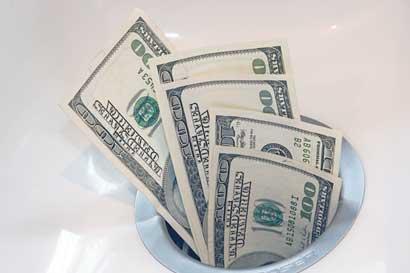 Estrategas cambiarios pronostican las monedas ganadoras en 2018