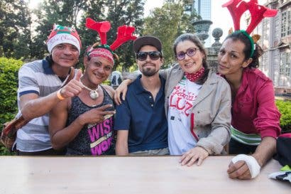 Uber se une a fundación para dar almuerzo navideño a indigentes