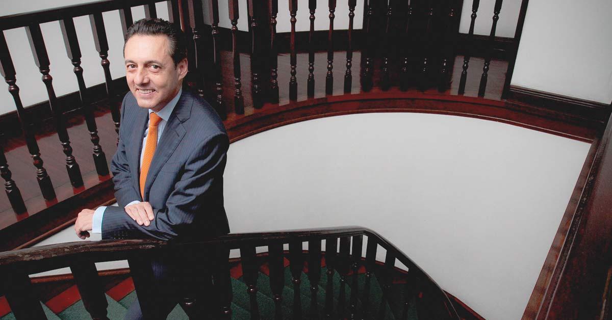 Millonaria planilla trata de hacer presidente a Antonio Álvarez