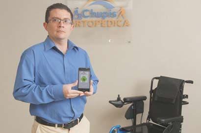 Pacientes podrán mover silla de ruedas por voz