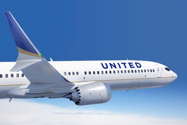 United cancela cuatro vuelos desde y hacia New Jersey por tormenta Grayson