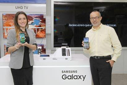 Venta de smartphones con pantallas grandes se mantiene al alza