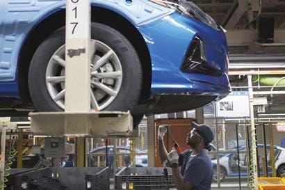 Hyundai inicia construcción de autos robot para alcanzar a Google y GM