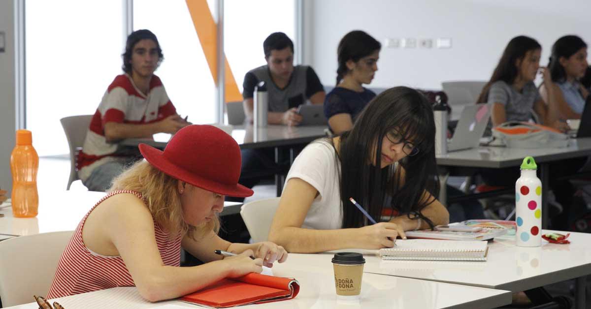 Universidad lanza becas de 50% para maestría