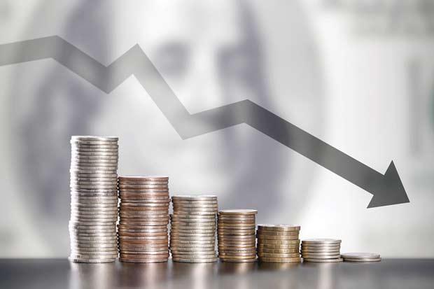 Caída del dólar podría hacer que bancos centrales reconsideren tasas