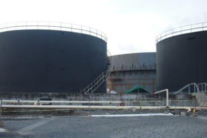 Recope tiene a prueba dos tanques para almacenar asfalto