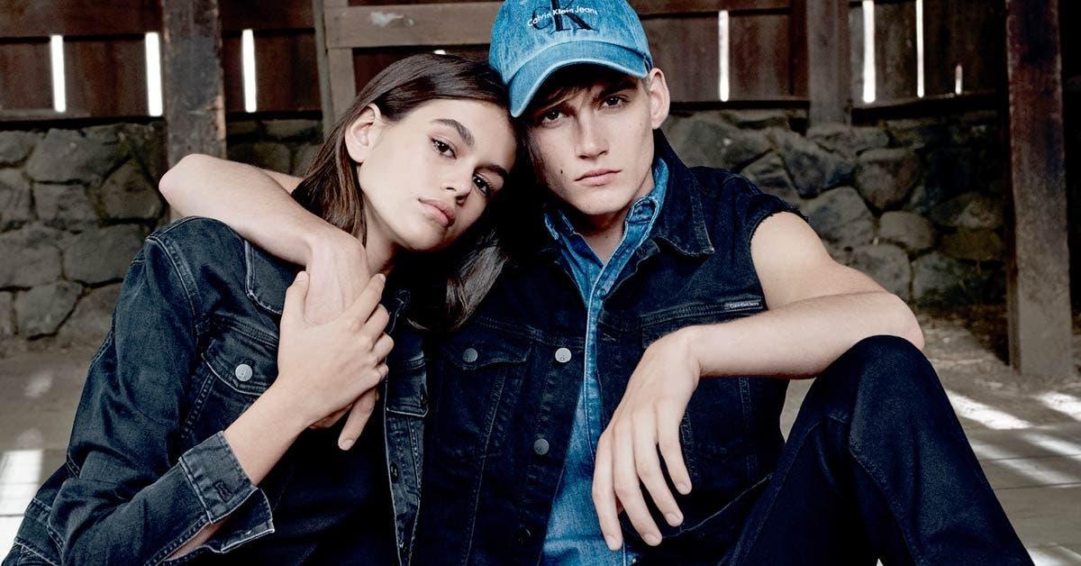 Calvin Klein lanzó campaña que muestra la evolución de sus jeans