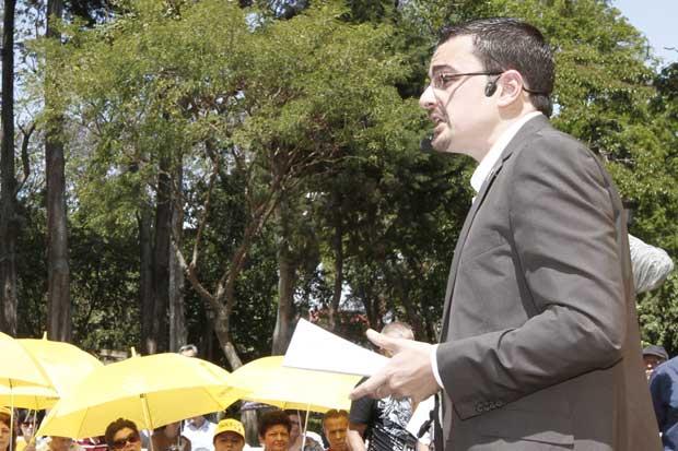 """Frente Amplio: """"A falta de ideas Juan Diego Castro plagia nuestro plan de Gobierno"""""""