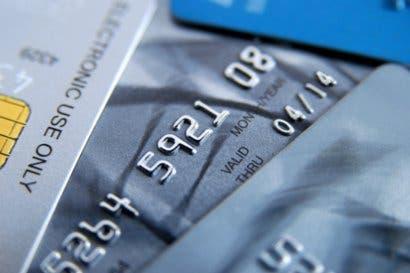 Visa y Dynamics revelan la primera tarjeta billetera en el mundo