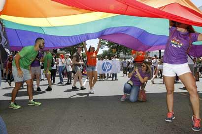 Cancillería inicio notificación a instituciones sobre matrimonio igualitario