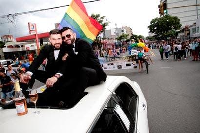 Derechos gais elevan acciones del PAC y Restauración