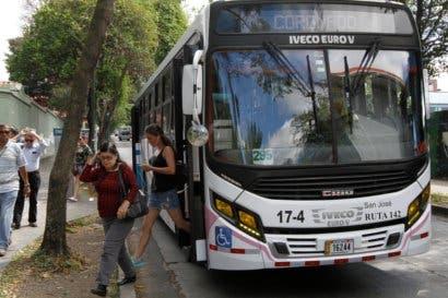 Costa Rica se acerca a contar con pago electrónico en buses