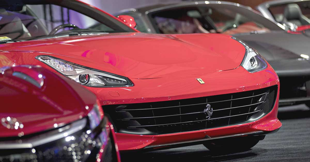 Ferrari apuesta a superdeportivo eléctrico para competir con Tesla
