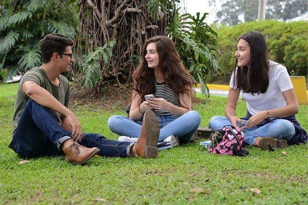 Más de ocho mil estudiantes podrán iniciar sus estudios en UCR
