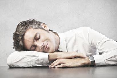 La Machaca: Más vale dormir tranquilo aunque se gane un sueldito modesto, que vivir desvelado haciendo chorizos.