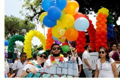 Matrimonios gais no pueden inscribirse, según la Dirección de Notariado