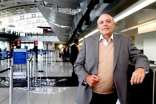 Nuevo control migratorio tiene de cabeza al país