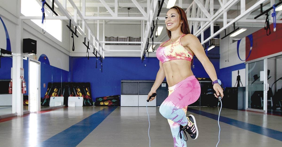 Entrenadora personal le asesora para no dimitir en su intento de ponerse fit