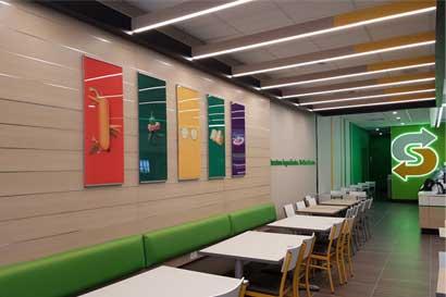 Subway renueva su cuarto local en el centro de San José