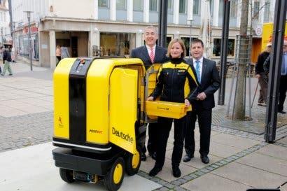 DHL inicia prueba de entregas con robot