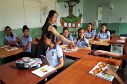 Unos 385 estudiantes logran certificación internacional en mandarín