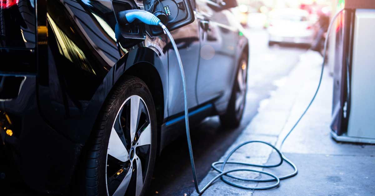 ICE estrenará 100 autos eléctricos este año