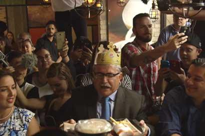 ¿Cómo logró Burger King reunir a 11 candidatos presidenciales?