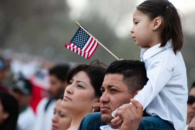 Expatriados demócratas se reúnen en Costa Rica para discutir políticas de inmigración