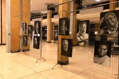 Retratos únicos protagonizan exposición