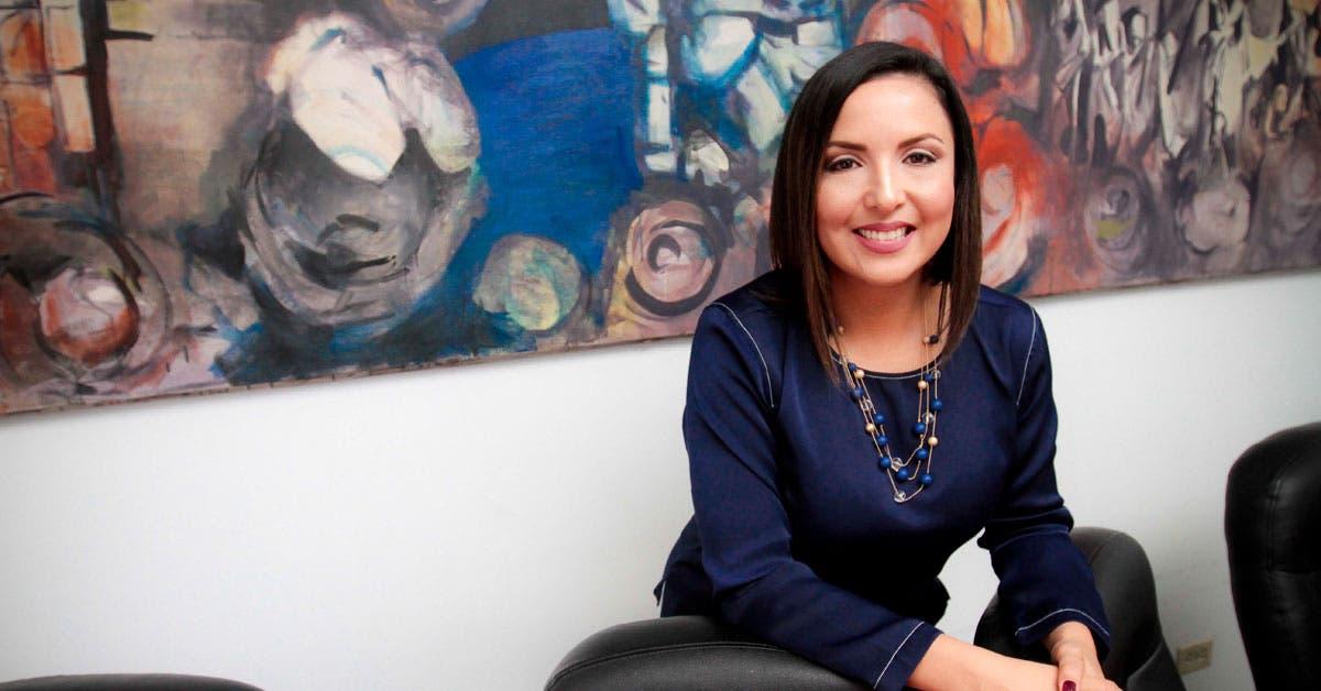 """Stephanie Campos: """"El país ha bajado vertiginosamente su tasa de natalidad"""""""