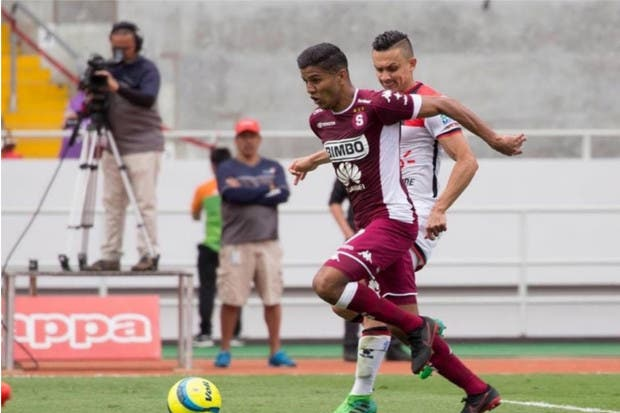 Venegas se reconcilió con la afición en goleada y Saprissa asume el liderato del campeonato