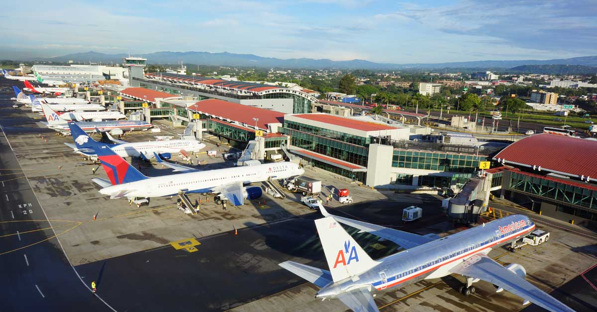 Nuevos procedimientos en Juan Santamaría agilizará llegadas y salidas de aviones