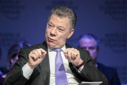 Gobierno de Colombia suspende negociaciones de paz