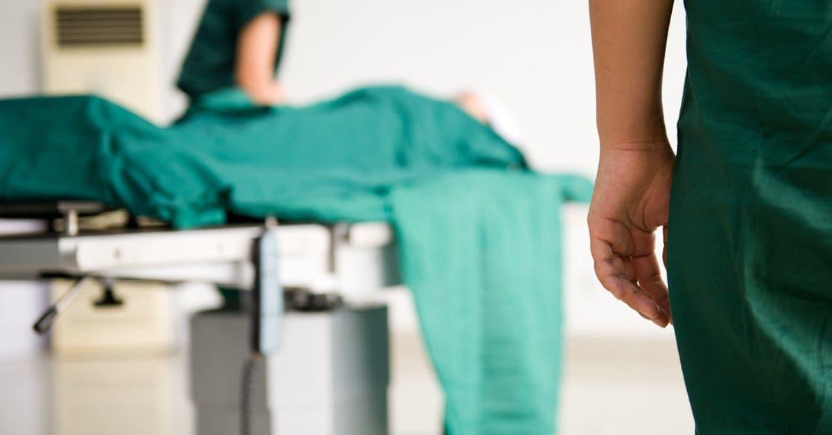 Costa Rica extirpa tumor de ovario más grande del mundo