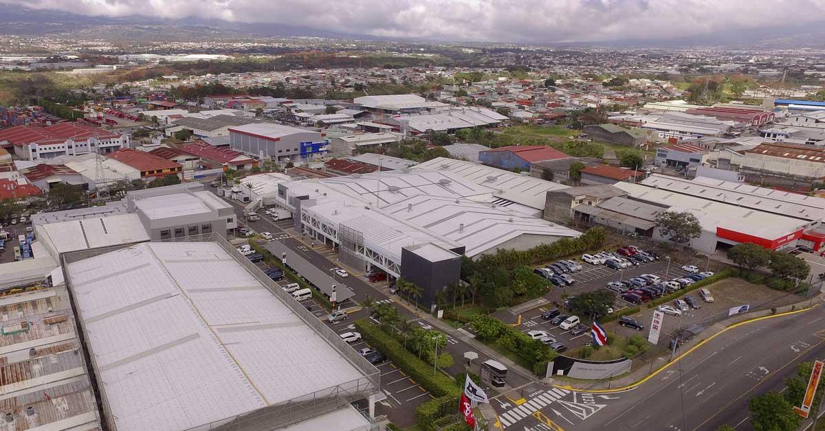 Ciudad Toyota tendrá 3.196 paneles solares y ahorrará 65% del consumo energético actual