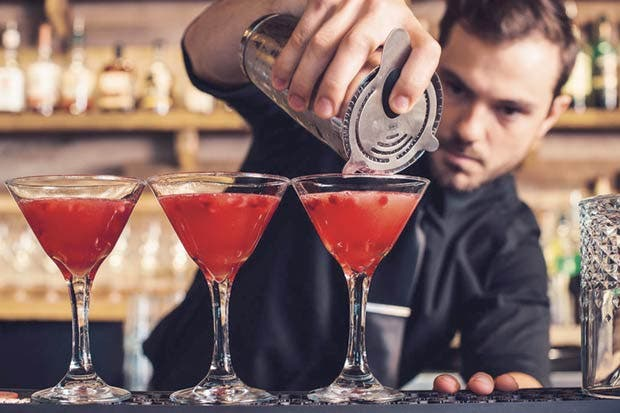 La Oveja Negra impartirá taller de coctelería