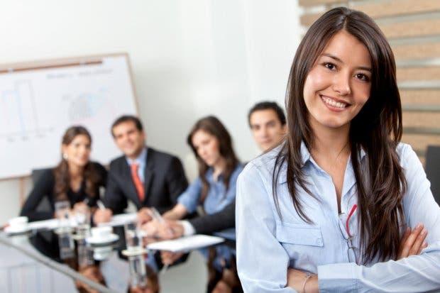 Jóvenes con ideas de emprendimiento pueden cumplirlas con programa del MEIC