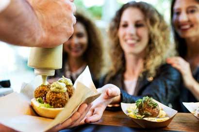 """Festival de """"food trucks"""" volverá al Barrio Chino en una edición más grande"""
